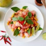 Salata cu mango si pomelo