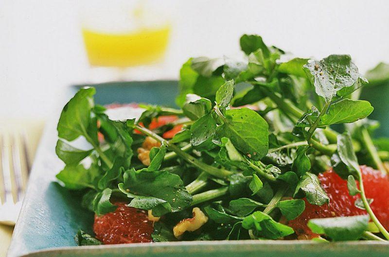 Salata de grapefruit si nuci