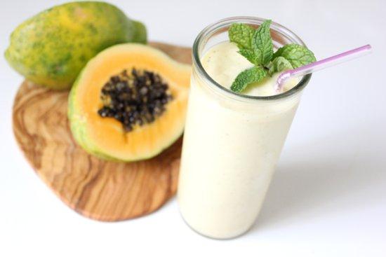 Smoothie cu papaya si ghimbir