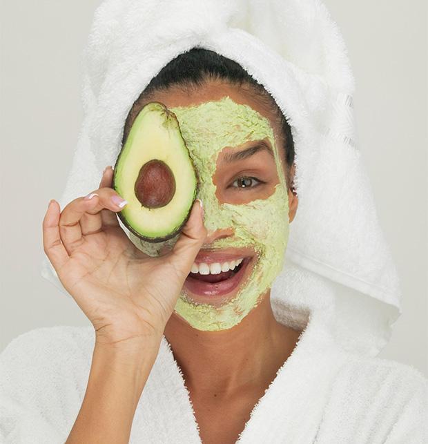 masca de fata cu avocado si dovleac